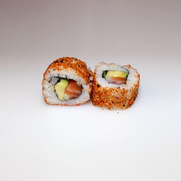 Resultado de imagen para California roll de salmón con mayonesa picante