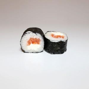 Maki salmón con queso
